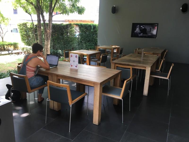 チェンマイのTCDCのカフェ